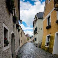 Старая улица. Дюрнштайн. Австрия. :: Олег Кузовлев