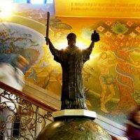 В   Свято-Никольском  соборе :: Евгений