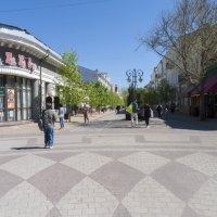 Весна в городе :: Валентин Семчишин