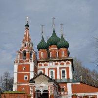 Ярославль.Церковь Михаила Архангела 1657 г. :: Владислав Иопек