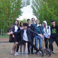 Компания нашего двора.... :: Андрей Хлопонин