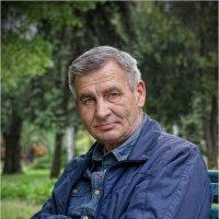 Портрет конструктора Геннадия Терёxина... :: Сергей Порфирьев