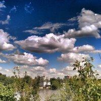 Облака плывут над городом :: Ольга Винницкая (Olenka)