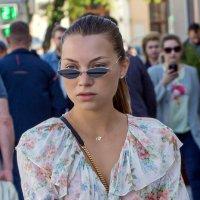 Когда очки нужны для украшения... :: Anatoley Lunov
