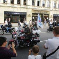 """Мотоциклисты самые  активные, подвижные """"поеханые""""  артисты... :: Alex Aro Aro Алексей Арошенко"""