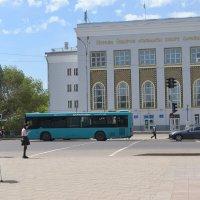 Дворец спорта. Нуркена  Абдирова. :: Андрей Хлопонин