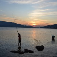 Рыбалка,на заре. :: Андрей Хлопонин