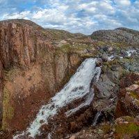 Териберский водопад. :: Владимир Питерский