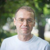 Мой фотопортрет. Объектив: ЮК-29 1,8/75 КМЗ (Юпитер-29) :: Виталий Виницкий