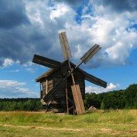 Старая мельница, все перемелется. :: Валерий Ивашин
