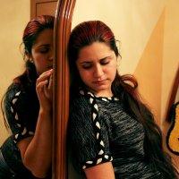 disharmony :: Alice Vermilion