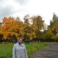 Татьяна и осенний пожар листвы :: Борис Русаков
