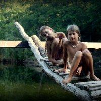 ... на мостике между мирами... :: Светлана Никитина