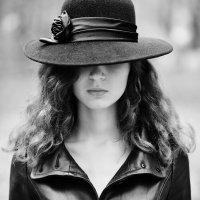 Девушка в чёрном :: Женя Рыжов