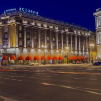 Ночной Санкт-Петербург :: Александр Дроздов