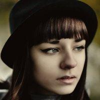 Autumn :: Kelly Caffeine