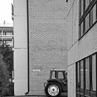 Паркуюсь где хочу. :: Валентина Потулова