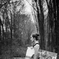 Натали и картина :: Julia Panikhina