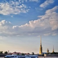 Прогулка по каналам и рекам Петербурга :: Надежда Лаптева