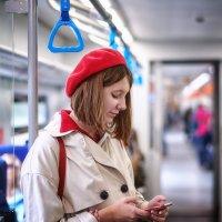 Красная Шапочка едет к бабушке :: Valeriy(Валерий) Сергиенко