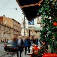 Потом он взял стул и ушел... :: Ольга Мезенцева