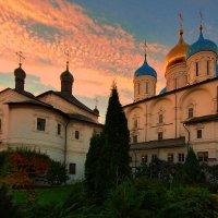 новоспасскиий монастырь(внутри) :: Александр Шурпаков