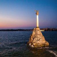 Памятник затопленным кораблям. :: Олег Косенко