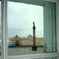 Их окна Эрмитажа :: Елена Сухенко