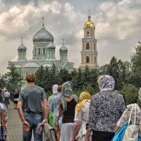 С надеждой люди век и два идут... :: Ирина Данилова