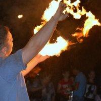 Игра с огнем :: Дмитрий Марков