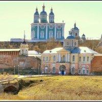 Весеннее утро в Смоленске. :: Игорь