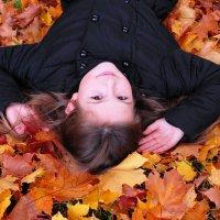 Девочка Осень... :: Вероника Любимова
