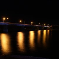 Огни утопающие в реке. :: Надежда Степанюк
