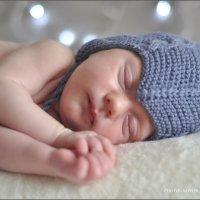 Sleeping Happiness :: Алиса Еникеева
