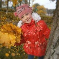 Осенняя прогулка :: Оксана Шалаева