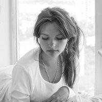 У окна :: Алена Афанасьева
