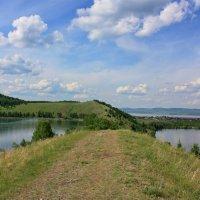 На стыке трёх озер. :: Наталья Юрова