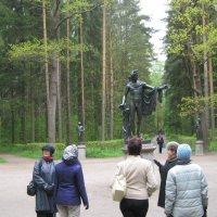 Поляна в парке Павловска :: Александр Рябчиков
