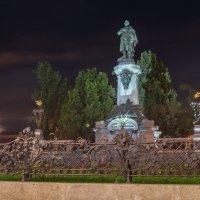 Памятник Адаму Мицкевичу :: Andrey Tutov