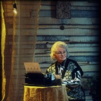 Бабушка :: Сергей Гайлит
