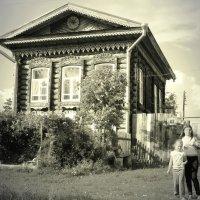 Старый дом в Колывани :: Рустам Илалов