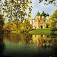 Осень в Измайлово :: Валентин Горбенко