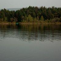Лодка, озеро, покой... :: Мила Солнечная