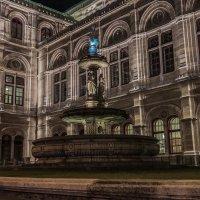 Синий памятник :: Andrey Tutov