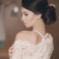 Будуарное утро невесты :: Венера Гилязитдинова