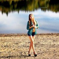 у озера... :: Владимир Хижко