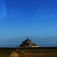 Гора-крепость им. Святого Михаила (Mont Saint-Michel) :: Olya Lanskaya