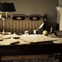 стол в кабинете А.С.Пушкина :: Mария Семенова