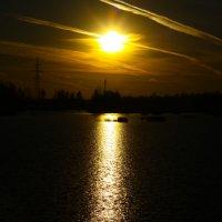 Вечер на озере :: Денис Матвеев