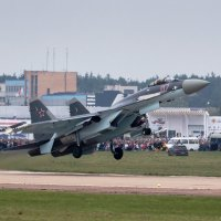 Су-35С разбег, отрыв и в небо :: Павел Myth Буканов